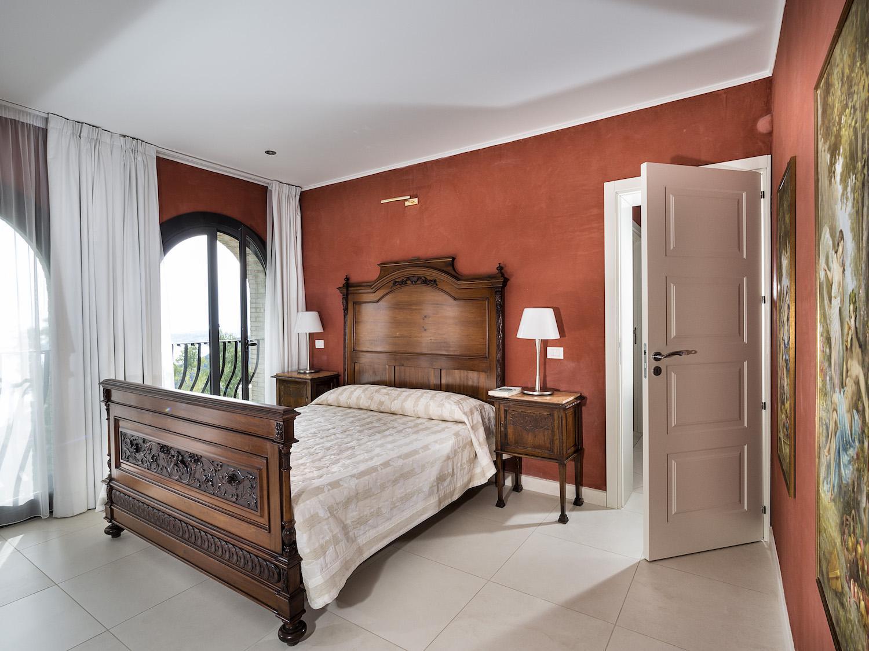 Taormina Vacation Rentals | Rent luxury apartments in ...